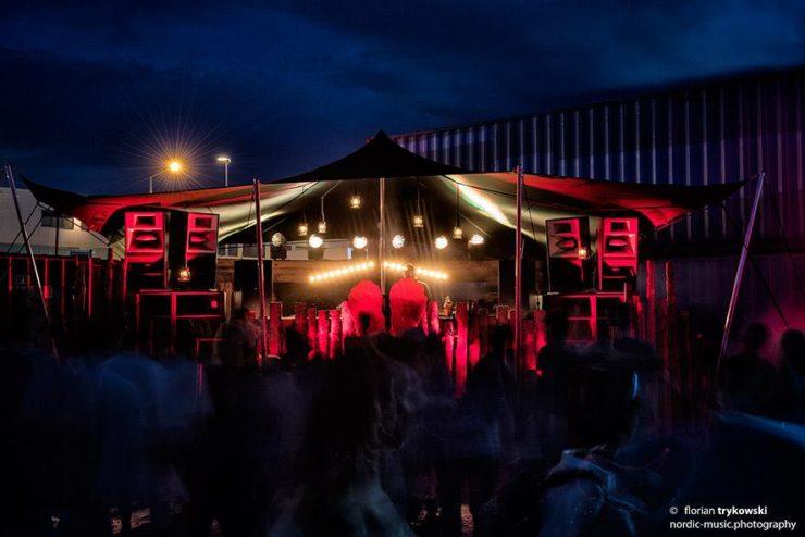 danke es war uns ein fest container love urban electronic music festival. Black Bedroom Furniture Sets. Home Design Ideas